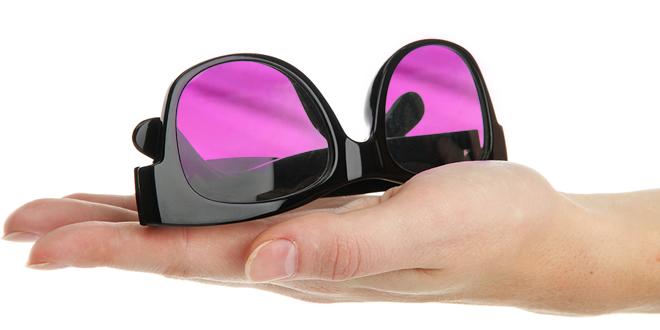 Renk körlüğünü ortadan kaldıran gözlük