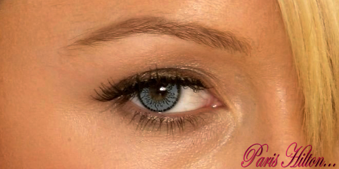 Ünlülerin Mavi Renkli Lens Tercihleri